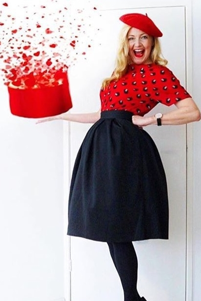 Carin aka @catoinamsterdam in her Red Deco Neat Top