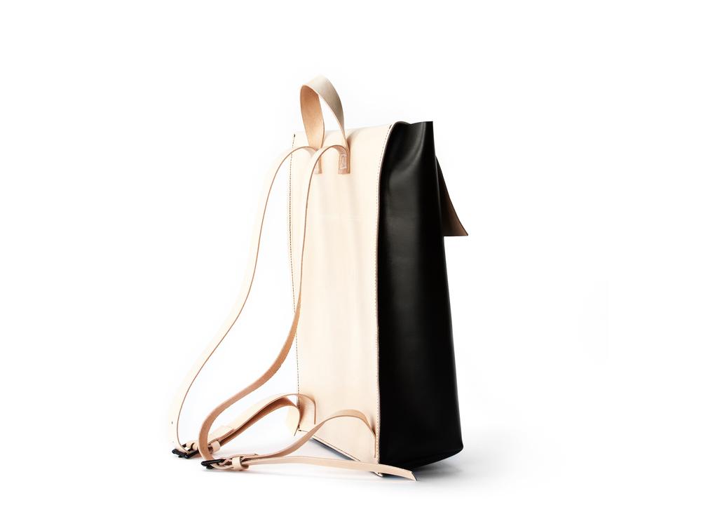 blog-cuero-and-mor-product-Backpack-Model-1-3-v1.jpg