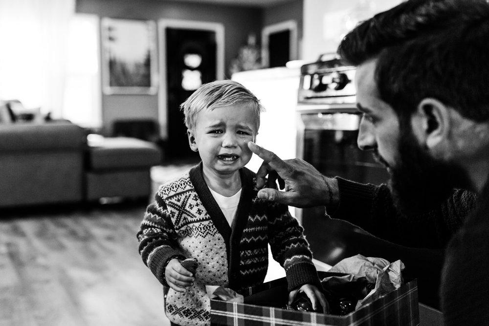 family-storytelling-photographer-glendale-milwaukee-6709.jpg
