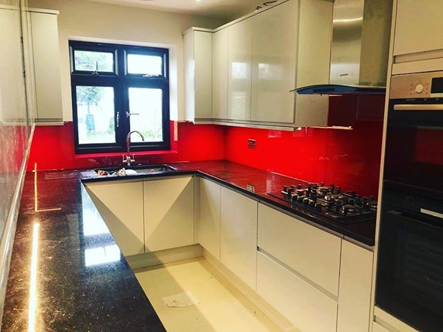 Finished this morning Ral 3003 Ruby Red 🎨👌 Contact us for a free Quote http://creativesplashbacks.co.uk