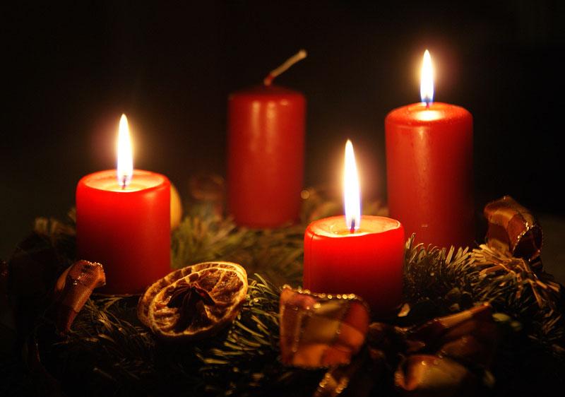 Worship_Advent-Wreath3_2015.jpg