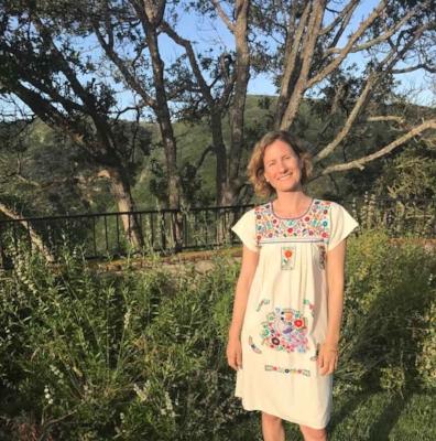 True Wild Botanics-Nisreen Azar Bio