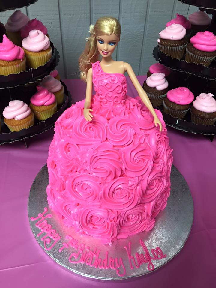 Barbie Cake (2).jpg