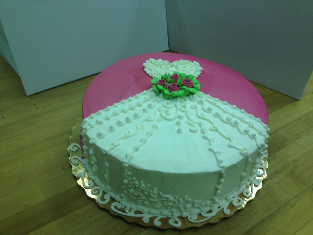 Dress cake.jpg