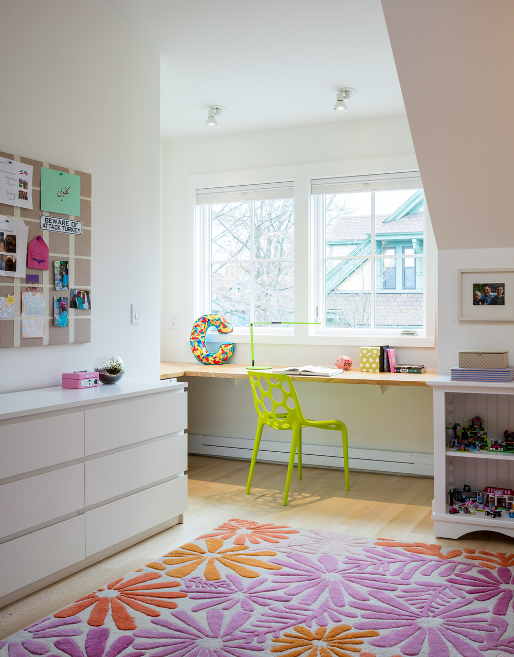 Childs Bedroom Study Area.jpg