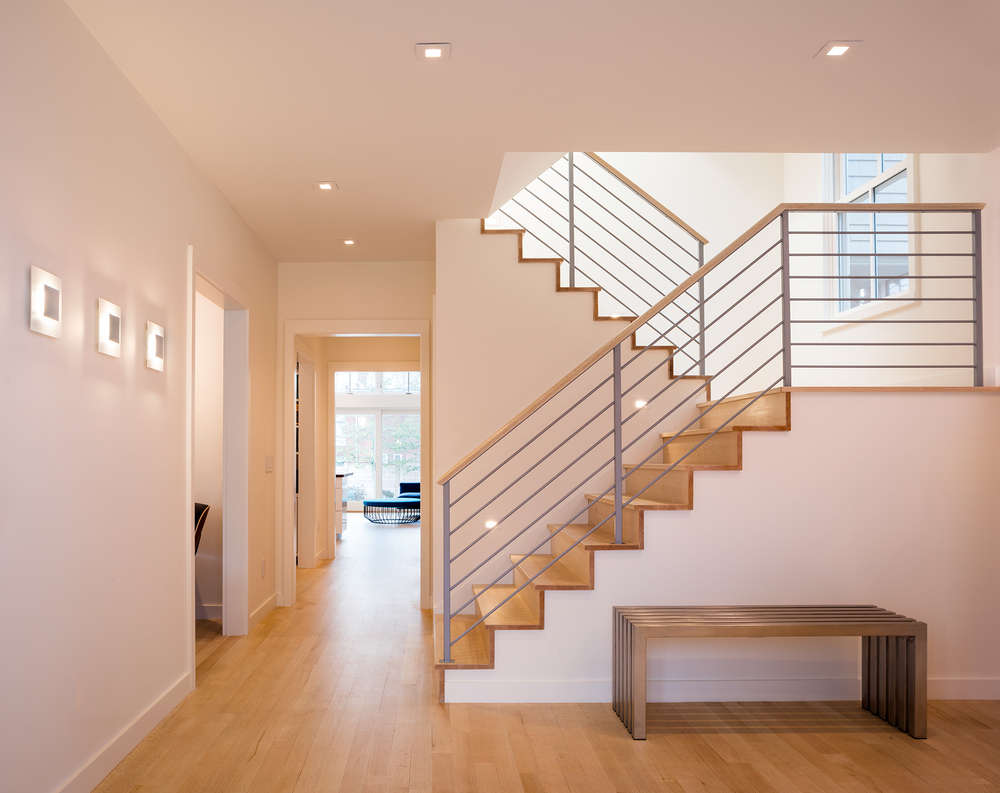 HCT401front_stair_entry.jpg