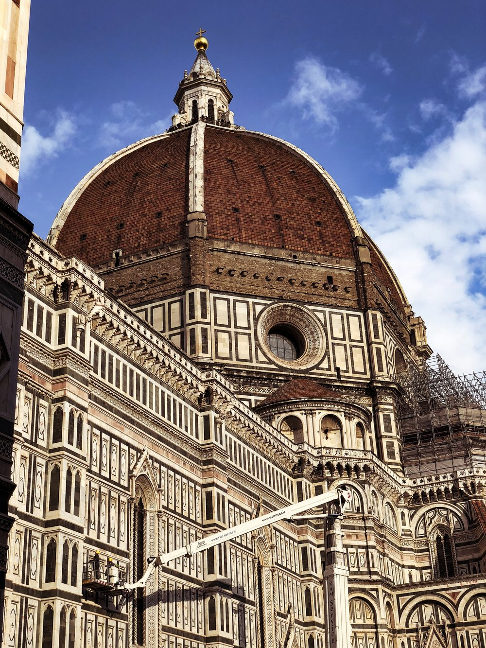 More posts in progress, just like maintaining the Duomo.