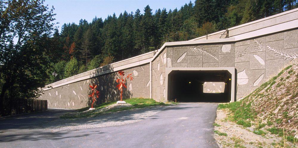'Dancing Leaves' Art Walls, I-90 Sunset Interchange, Issaquah, WA  2003