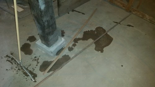 Hydrostatic Pooling In The Middle Of The Floor