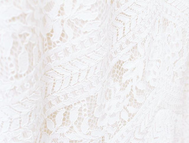 A little lace love on this gorgeous Tuesday! #workofART #yourperfectsilhouette #silhouettebridal