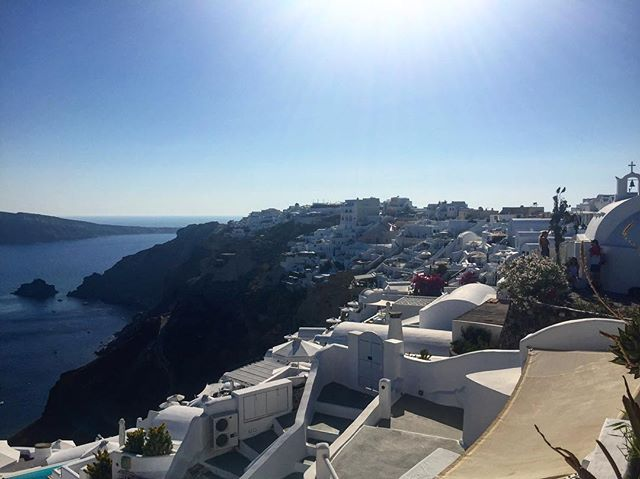 #tbt way way back to taking in that view in #Oia 🇬🇷