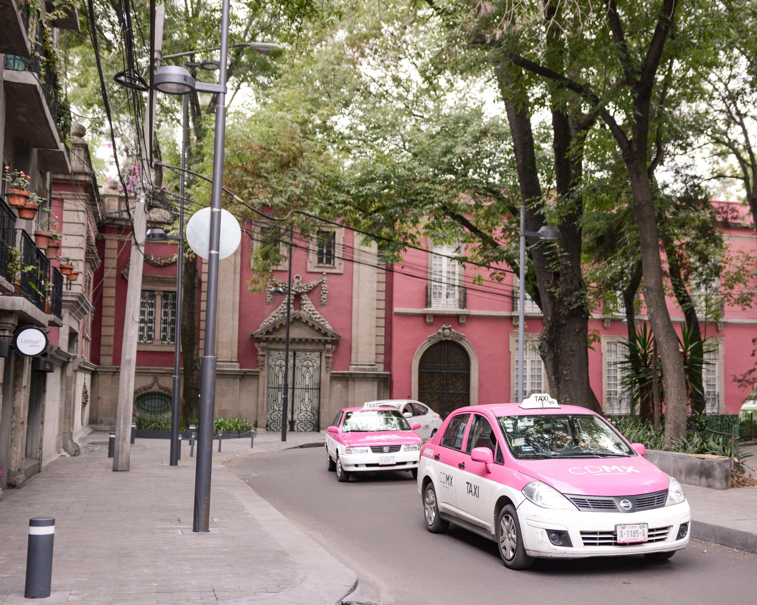 Pink CDMX Taxis, Mexico City