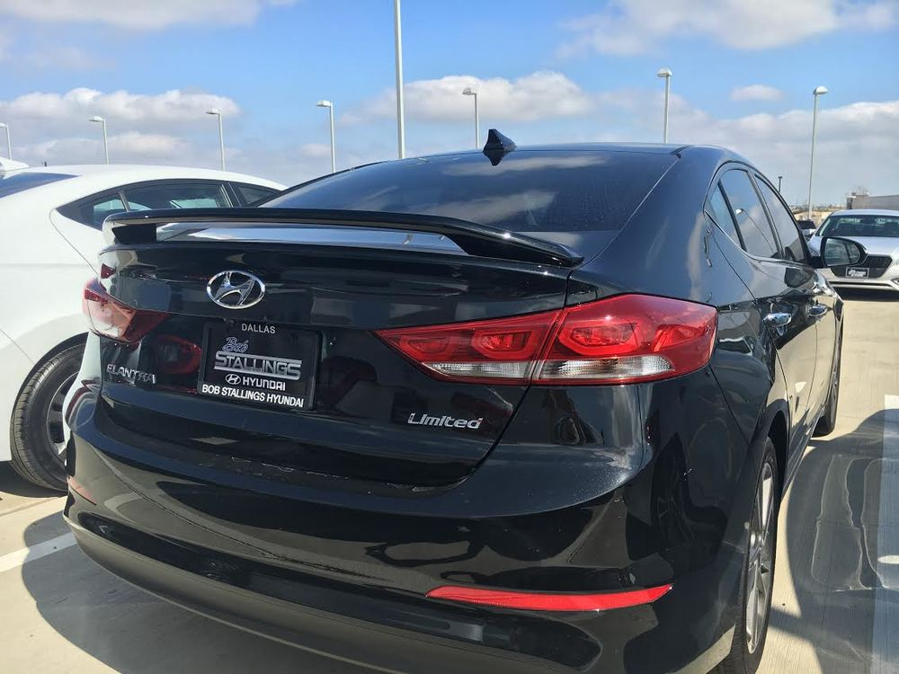 2017 Hyundai Elantra Custom 2-Post Spoiler