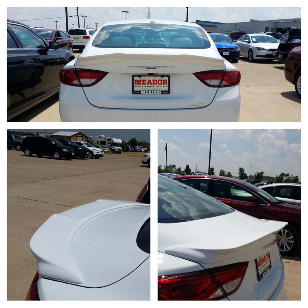 2015+ Chrysler 200 Large Flush Mount Spoiler