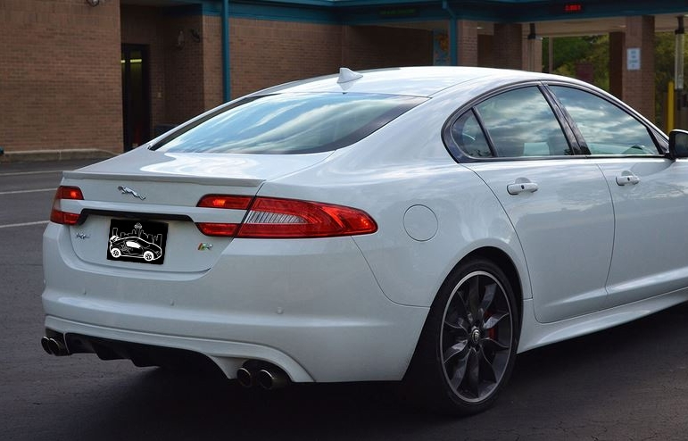 2010-2015 Jaguar XF Flush Mount