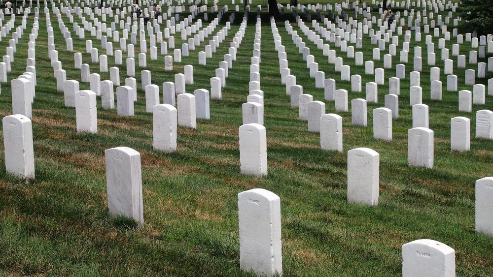 cemetery-603160.jpg