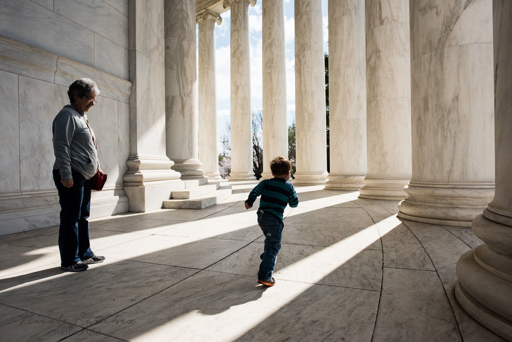 DC family documentary and lifestyle photography, Jefferson Memorial