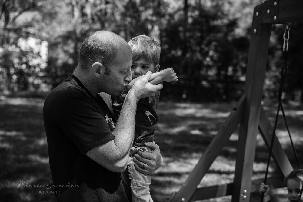 Father son connection | Northern Virginia Family Photographer