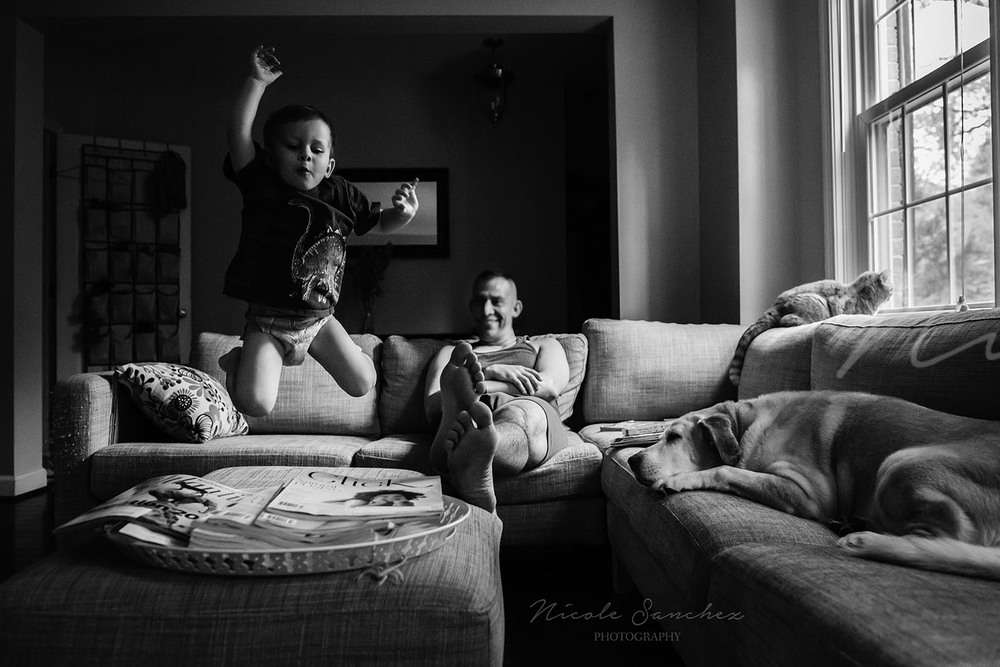 Candid family moment | Alexandria Virginia Lifestyle Photographer
