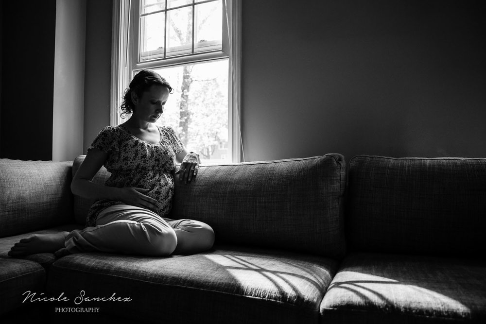 Maternity Portrait Inspiration | Northern Virginia Family Photographer
