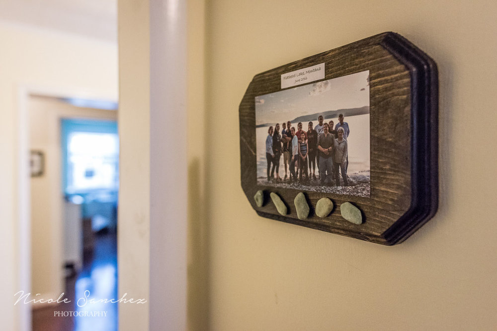inished vacation photo display hanging on wall | alexandria virginia lifesyle family photographer