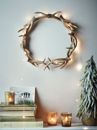 Normal   0           false   false   false     EN-GB   X-NONE   X-NONE                                                                                                                                                                                                                                                                                                                                                                                                                                                                                                                                                                                                                                                                                                                                                                                                                                                            ESCAPE TO THE LODGE Miniature, realistic faux antlers are assembled in this eye-catching wreath, evoking the ambience of a warm winter lodge. £25  www.coxandcox.co.uk