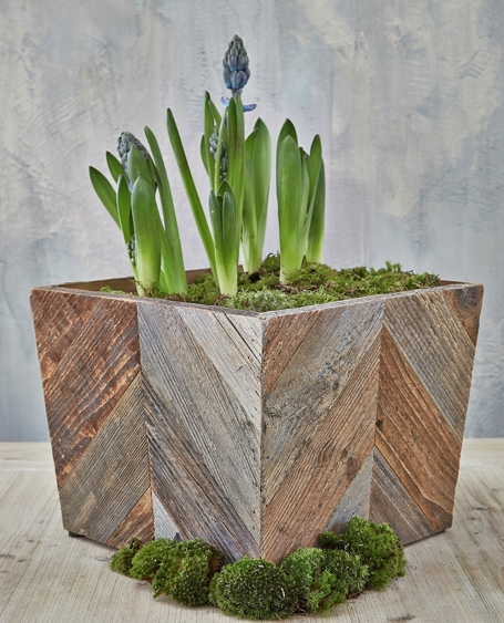Nordic reclaimed wood planter.jpg