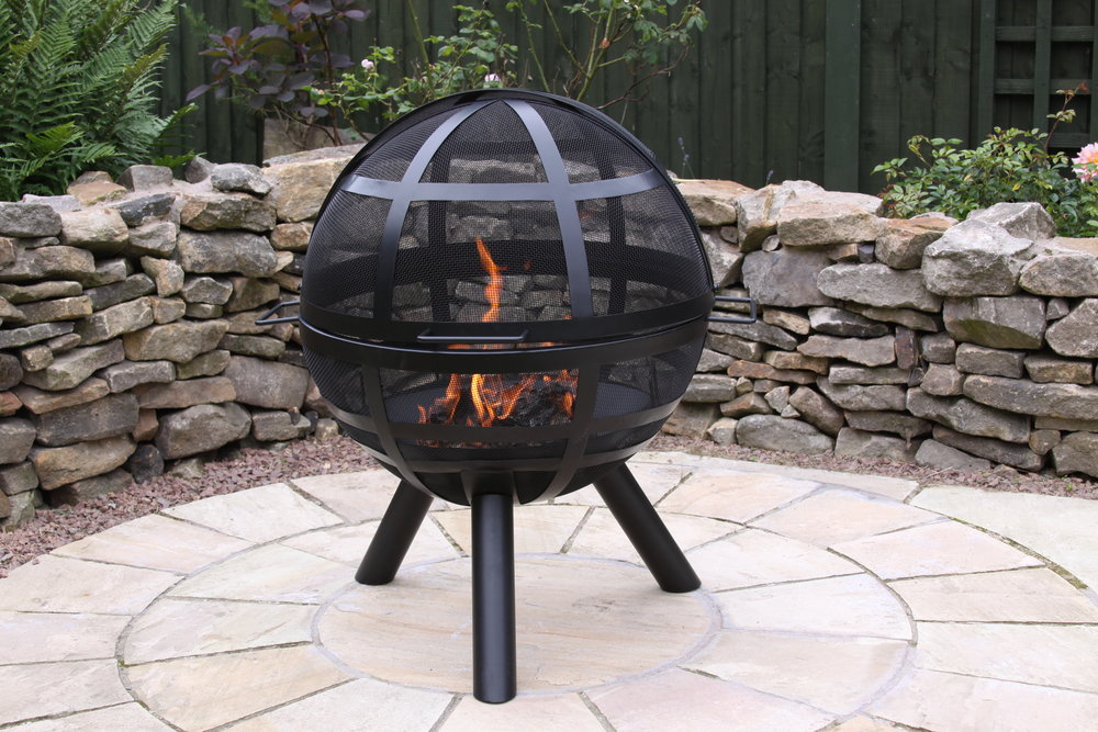 Gardeco ISON Ball Fire Pit_ available from chimineashop.co.uk_£139.JPG