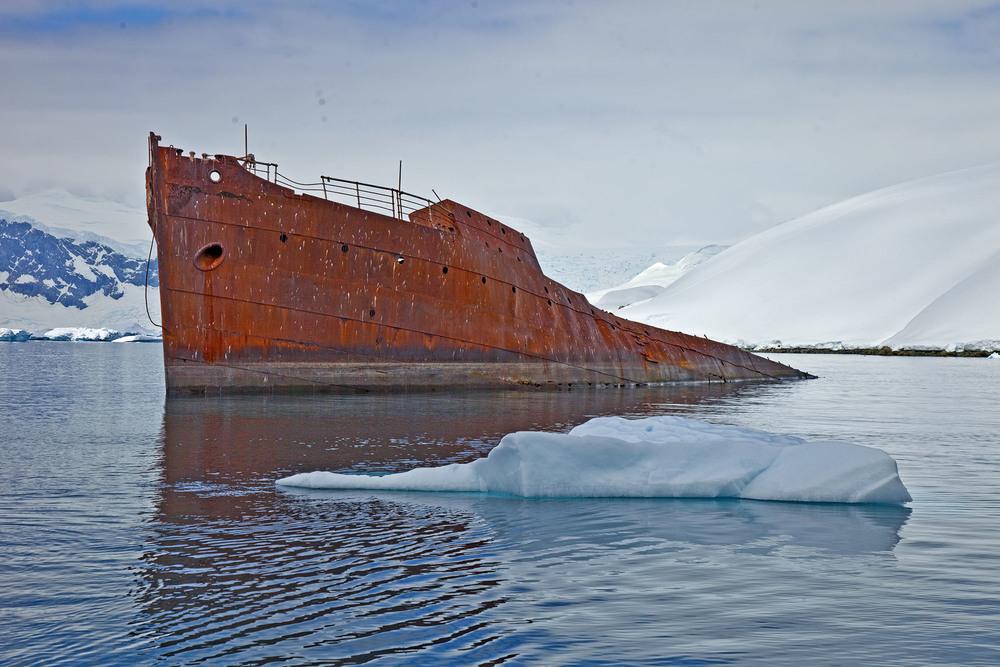 Ship_wreck_6887.jpg