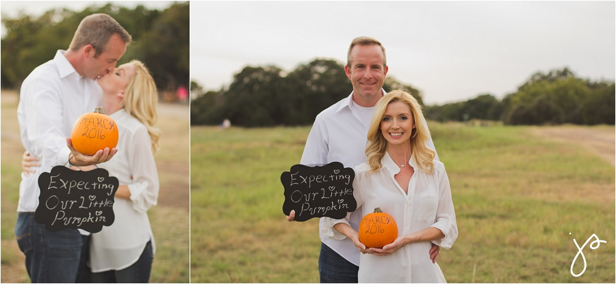 Austin Pregnancy Announcement Photos
