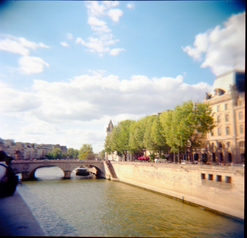 photo of the Seine on 120mm film