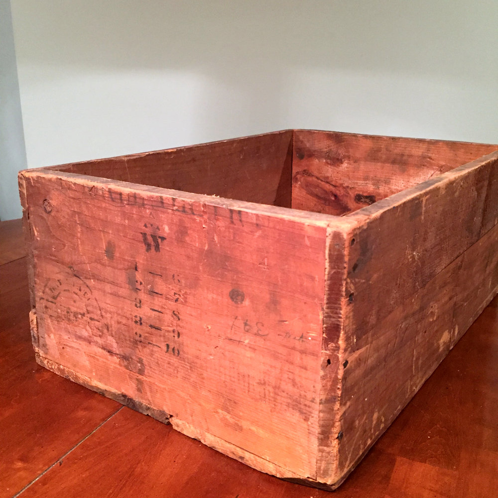 Crates medium wooden box W.jpg