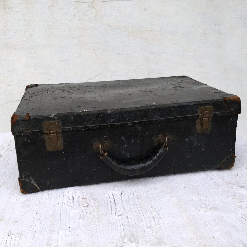Luggage 2.jpg