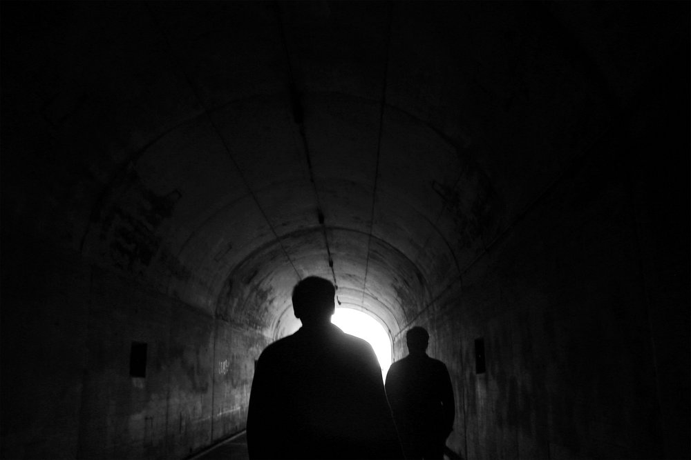 Kyn Tunnel Close b&w.jpg