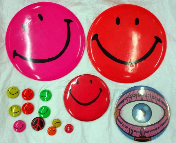 Smiley badges donated to the V&A by Michael Costiff