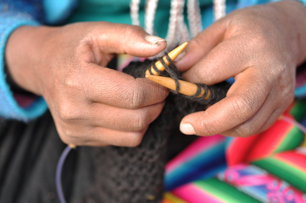 Once the yarn is ready, our talented artisans knit the beautiful pieces we share with you.