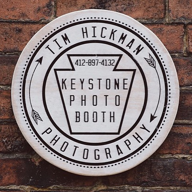 Tim Hickman Photography.  Sign design, construction, and screen print.