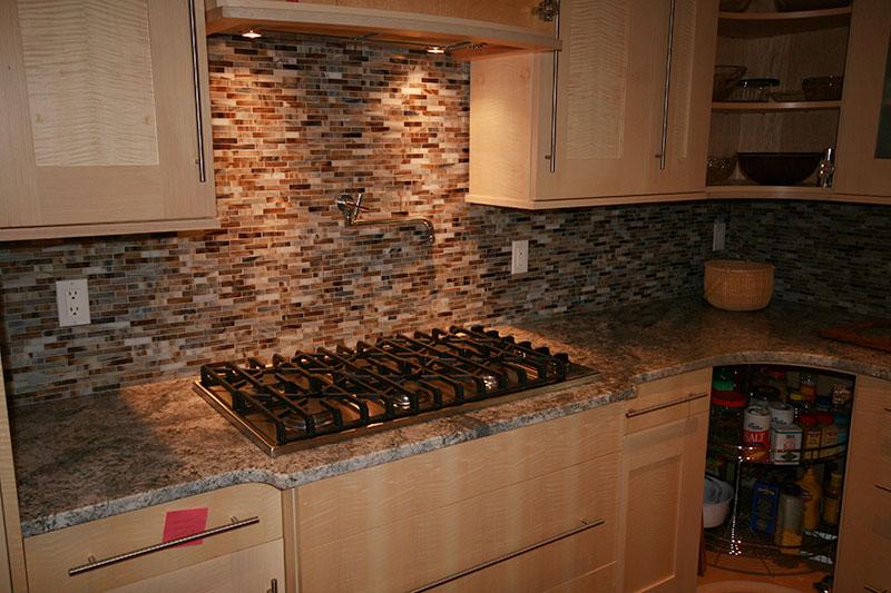 Elegant Kitchen_backsplash_19. Backsplash ...