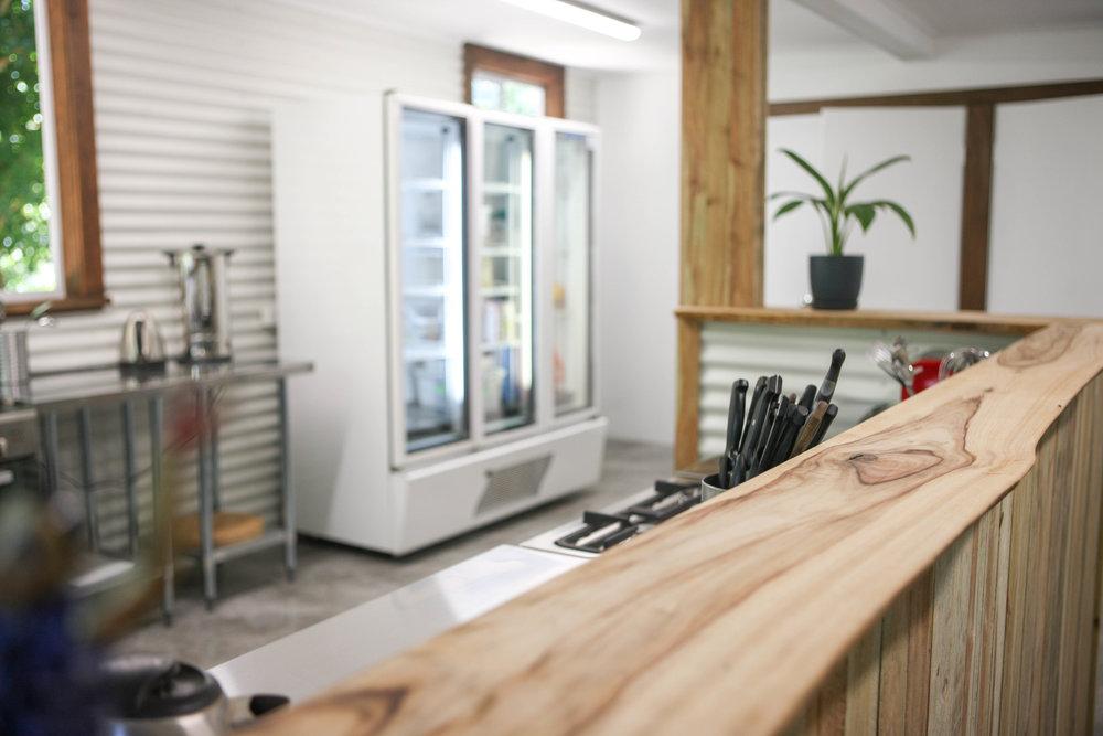 KV kitchen 001.jpg