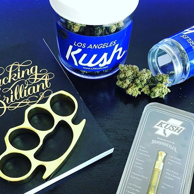 Demo Day today with @therealbrassknucklesog !!! Come get some deals and say what up to @knuckleupwithrikki #sffogg #sffogg415 #dispensary #prop215 #mmjlife #wax #sf #flowers #medicalmarijuana #sativa #indica #hybrid #hash #vape #vapecart #vaporizer #shatter #concentrates #c02 #painrelief #edibles #medicine #insomnia #sanfrancisco #marijuana #cannabis #sleepaid #PatientAppreciation