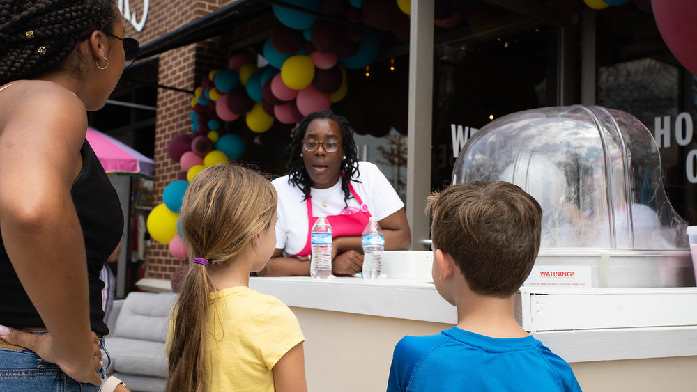 Ivory Cotton Candy Bar keeping the kiddos happy