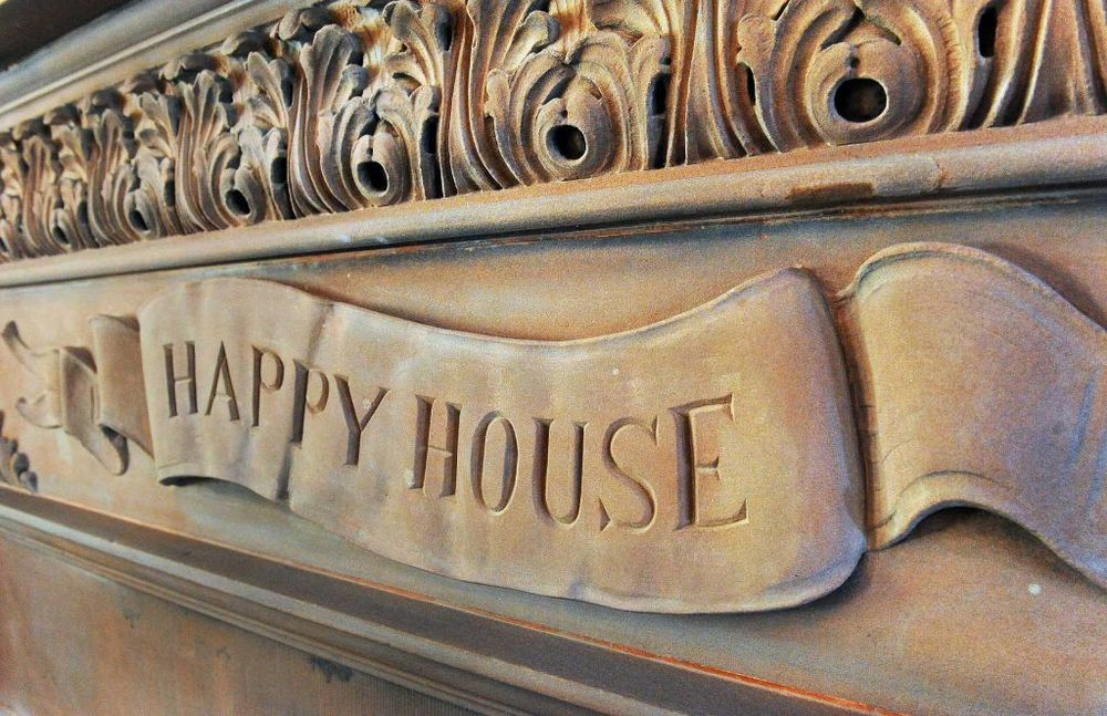 happy house.jpg