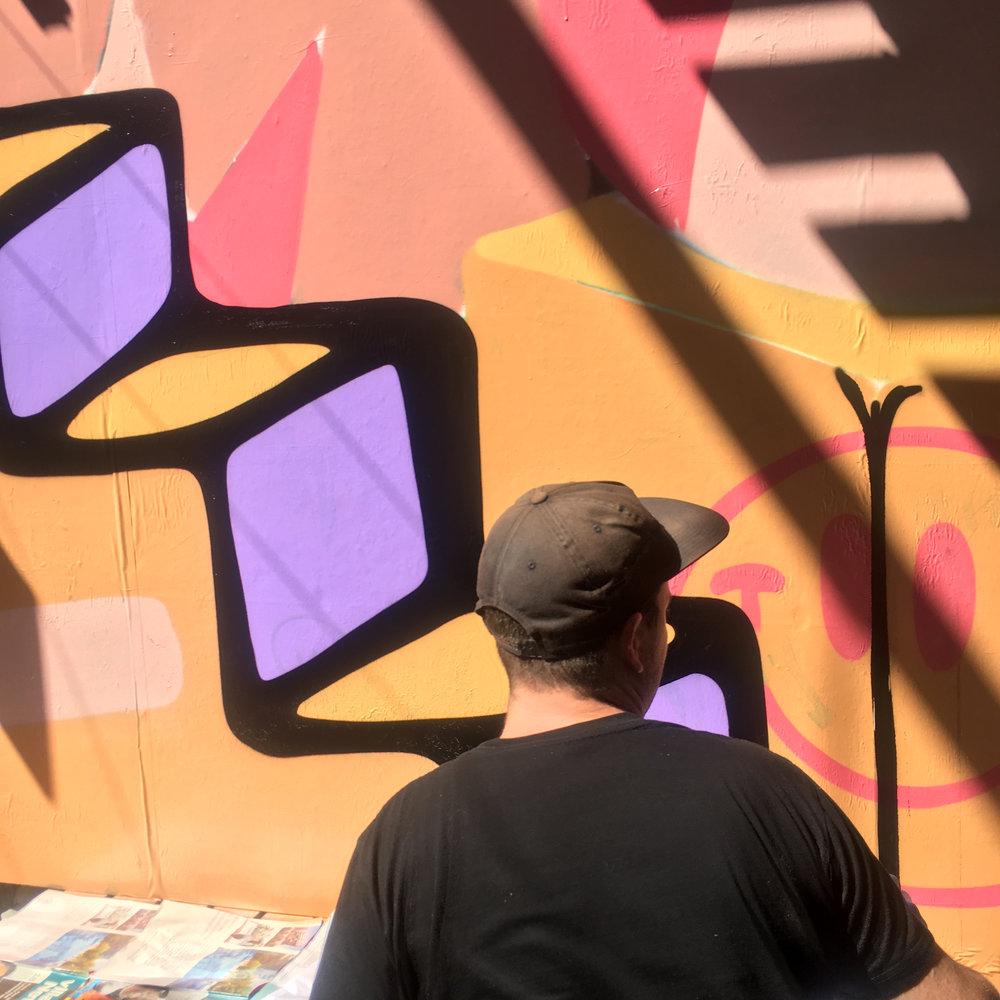 muchos winn lane graffiti street art brisbane the culprit club