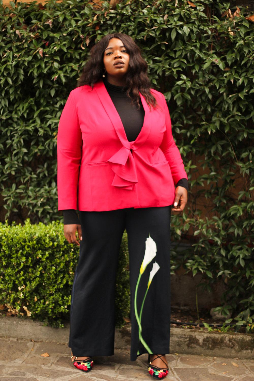 plus-size-red-eloquii-blazer-victoria-beckham-floral-pants-valerie-eguavoen-3.jpg