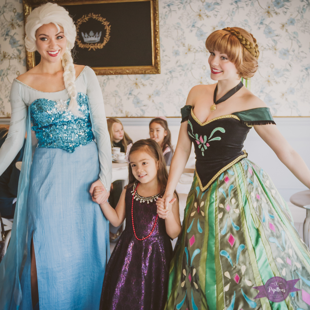 snow queen and princess make new friends at the tea party french confection co burbank (1 of 1).jpg