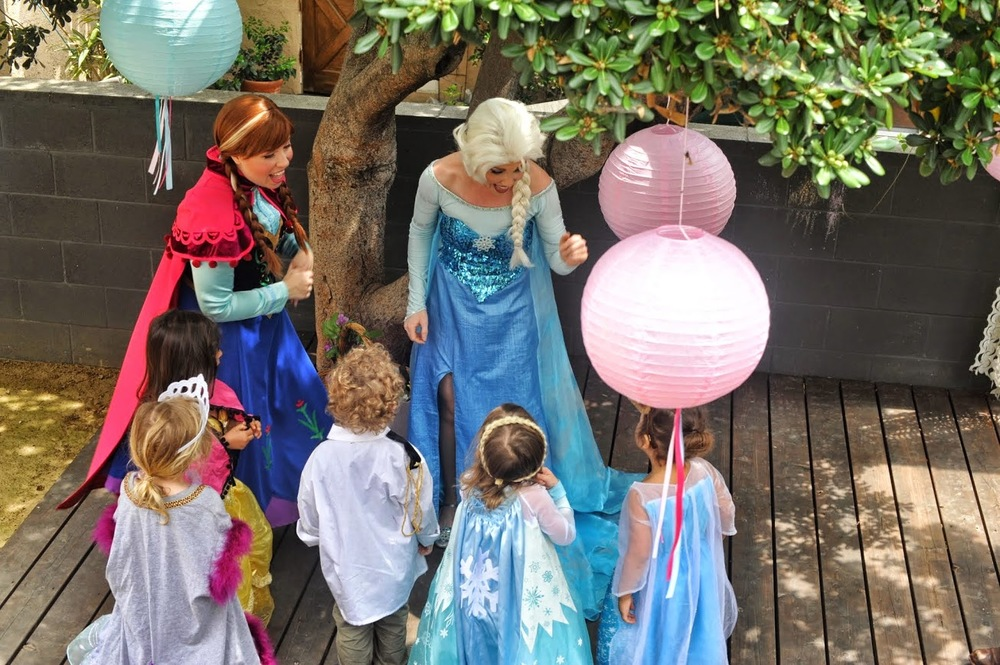 frozen queen elsa princess anna lookalike characters princess party los angeles