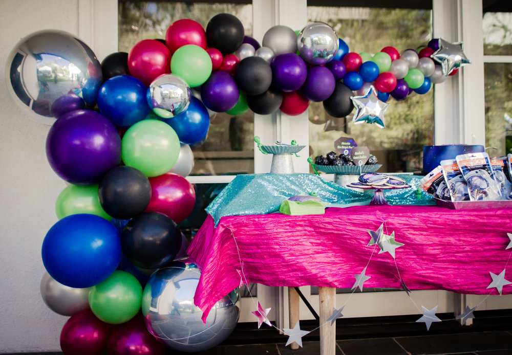Rosalind's Outer Space Party (9 of 29).jpg