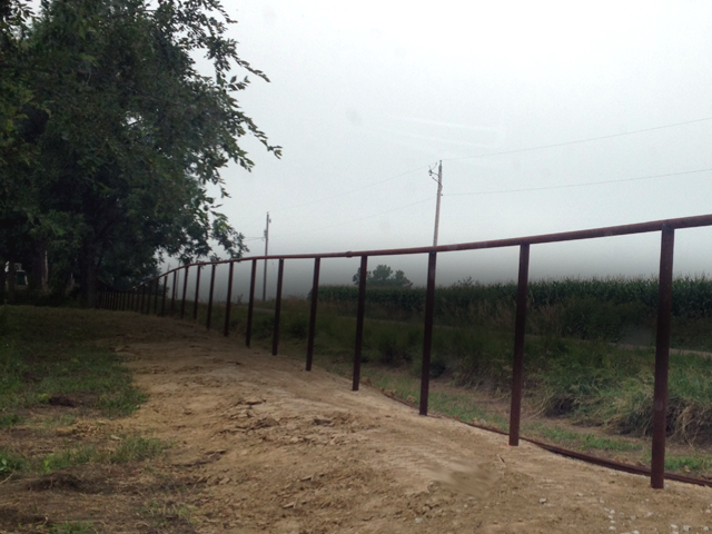 Welding Pipe Fence & Building Pipe Fence - The Simple Little Tool