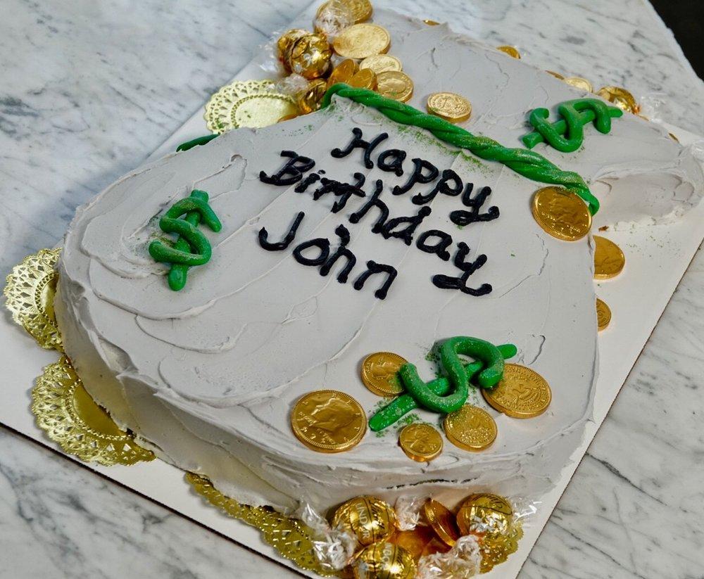 Money theme cake.jpg