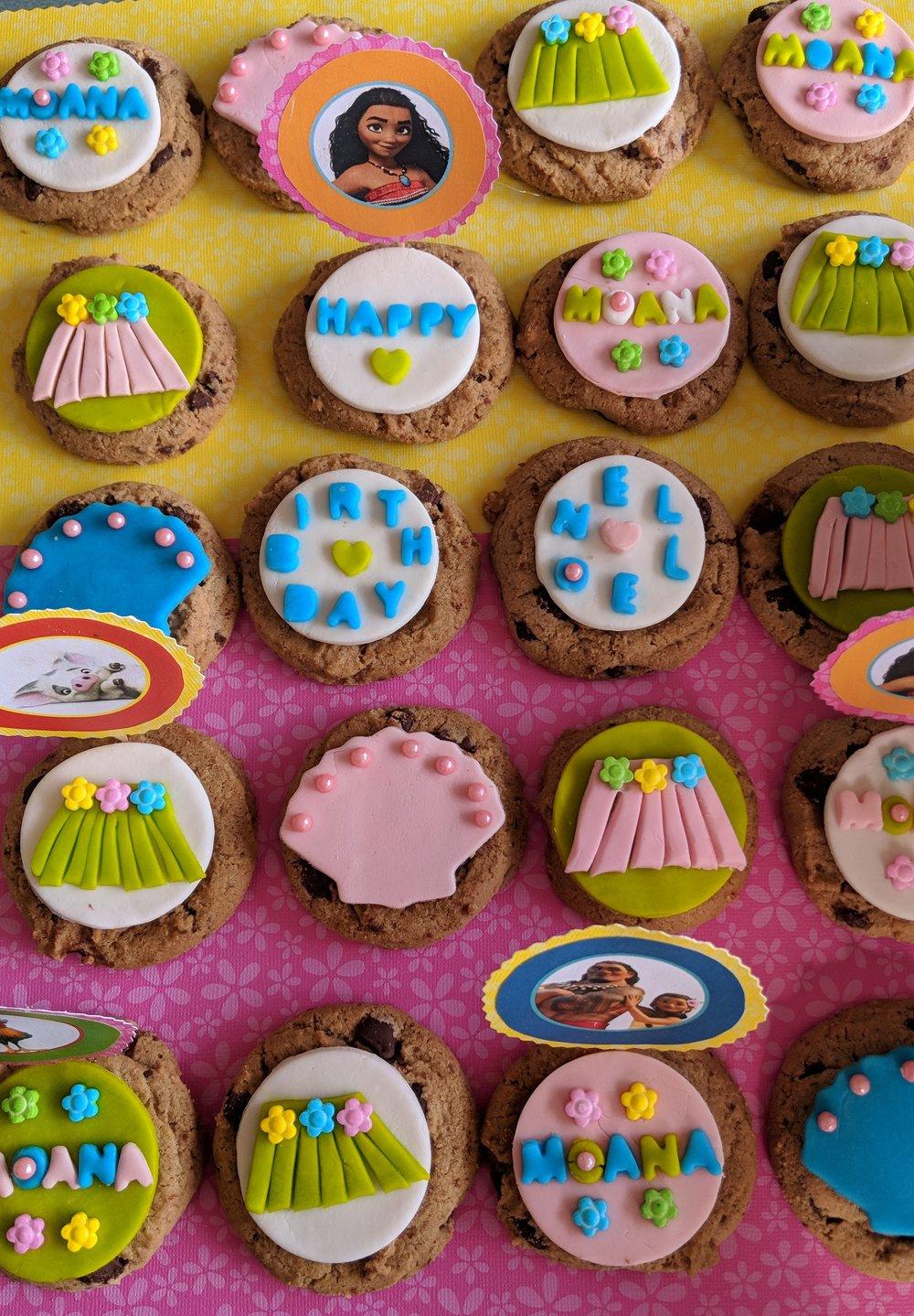 Moana cookies.jpg